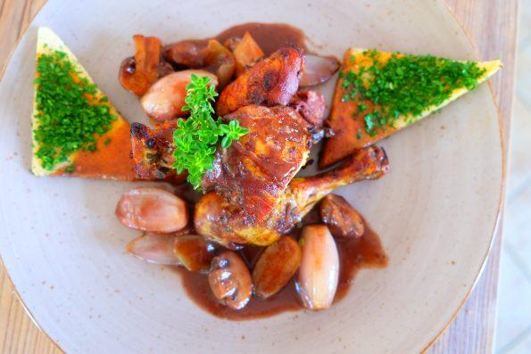 Huhn in Rotwein