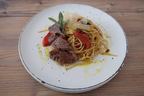 Spaghetti mit Ochsenfetzen